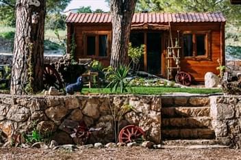 Morkoyun Bungalov ve Çadır Kamp Karaburun